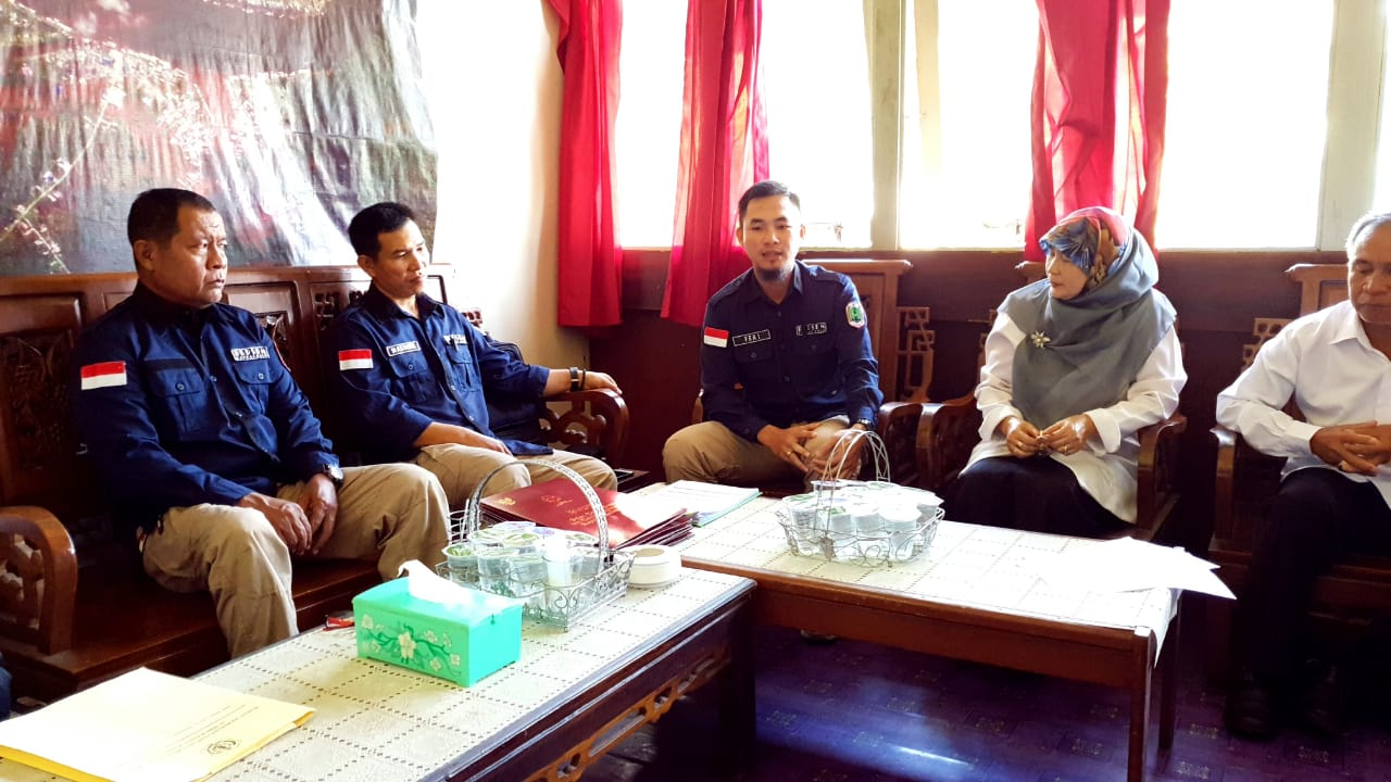 BKPSDM Lakukan Pembinaan Disiplin, Rekon Data Kepegawaian dan Penyerahan SLKS Bagi PNS di Kecamatan Jongkong