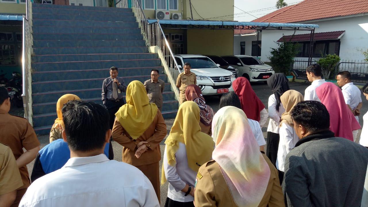Pembinaan Disiplin Melalui Apel Pagi di Bappeda Kapuas Hulu